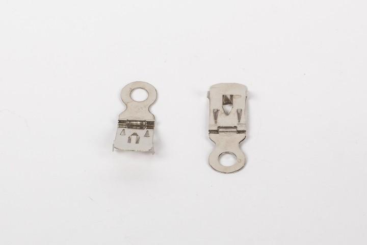 Metallaufhänger für Leichtschaumplatten mit Scharnier