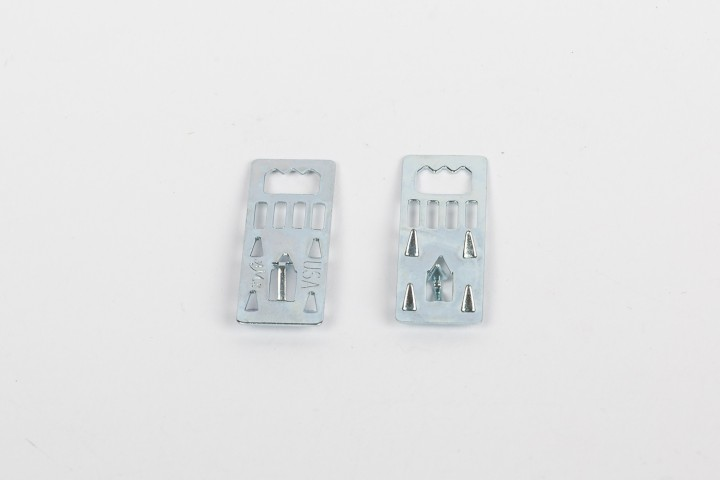 Metallaufhänger für Leichtschaumplatten ohne Scharnier