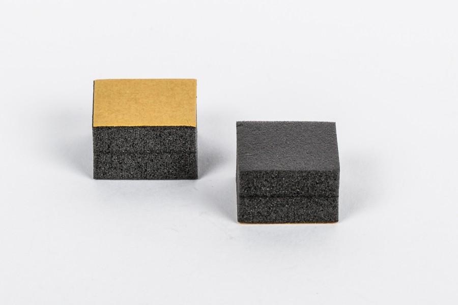 Abstandshalter selbstklebend Schaum schwarz 20 x 20 x 13,0 mm / 1 VE ...