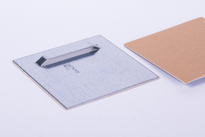 Haftblech mit Oese 100 x 100 mm